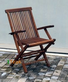 Teak Oiled Folding Arm Chair